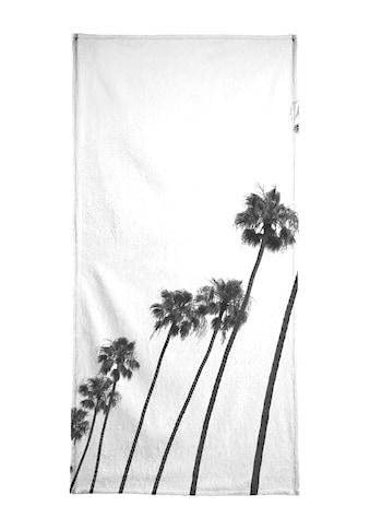 Juniqe Strandtuch »Cali Palms«, (1 St.), Weiche Frottee-Veloursqualität kaufen