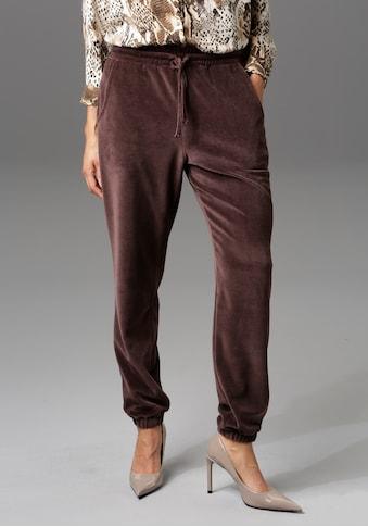 Aniston CASUAL Jogginghose, aus kuscheligem Samt - NEUE KOLLEKTION kaufen