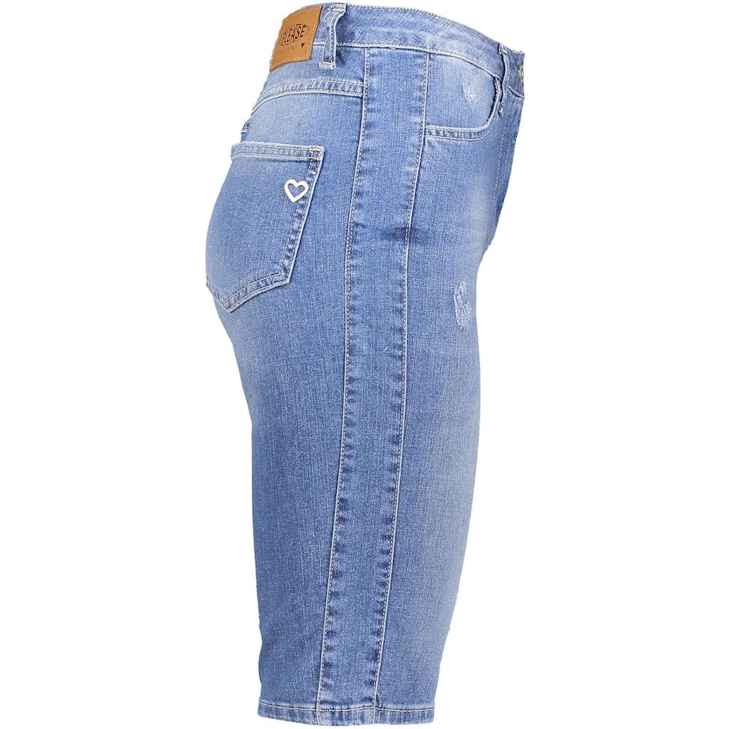 Please Jeans Jeansshorts »D0ER«, mit leichten Destroyed Effekten
