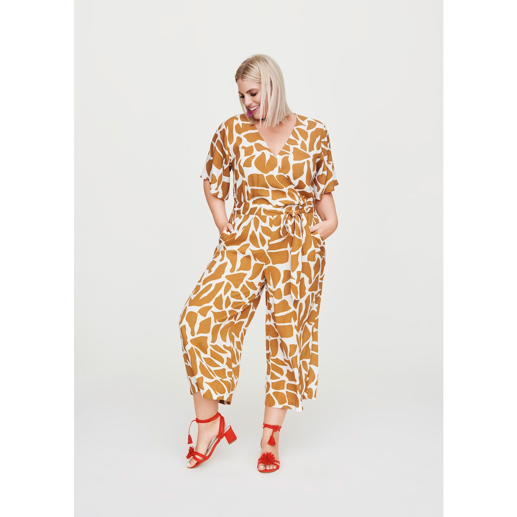 Rock Your Curves by Angelina K. Jumpsuit, in Wickeloptik