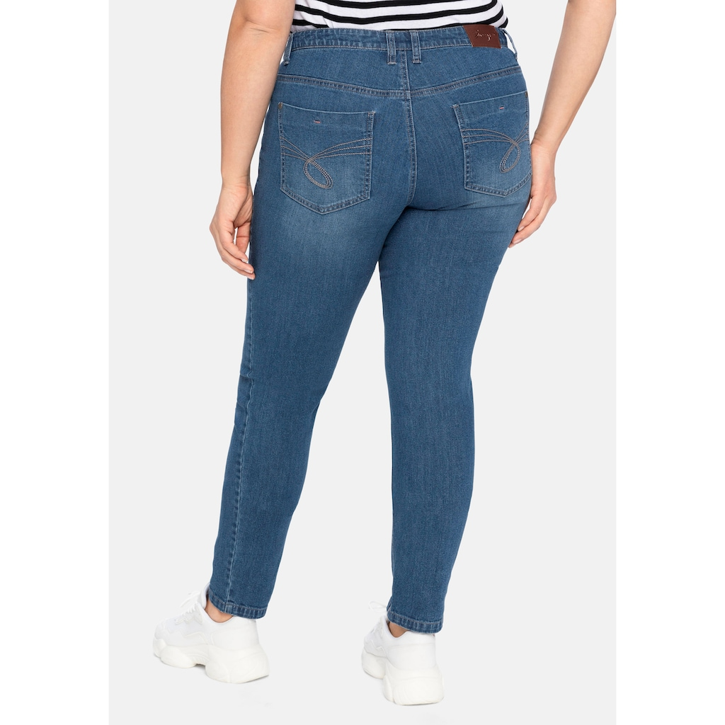 Sheego Stretch-Jeans, in schmaler Form