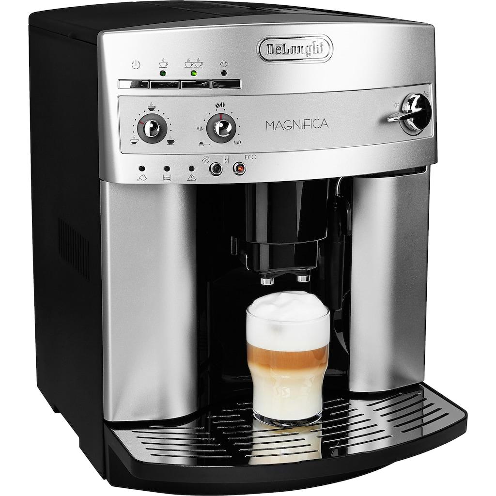 De'Longhi Kaffeevollautomat »Magnifica ESAM 3200.S«, mit Milchaufschäumdüse, Kegelmahlwerk 13 Stufen, Herausnehmbare Brühgruppe, 2-Tassen-Funktion, in silber