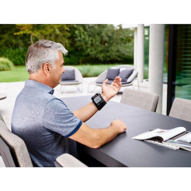 Omron Handgelenk-Blutdruckmessgerät RS7 Intelli IT (HEM-6232T-D)