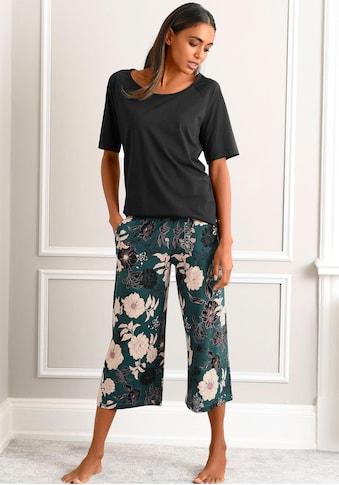 s.Oliver Capri-Pyjama, mit geblümter 3/4-Culotte kaufen