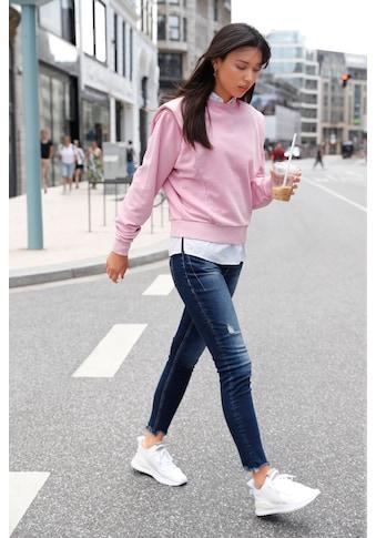 Q/S by s.Oliver Ankle-Jeans »Sadie«, mit offener Kante am Bein und coolen Destroyed... kaufen