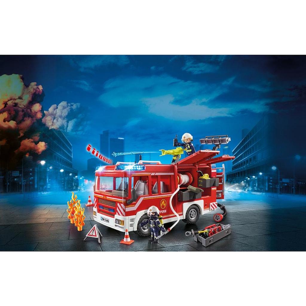 Playmobil® Konstruktions-Spielset »Feuerwehr-Rüstfahrzeug (9464), City Action«, Made in Germany