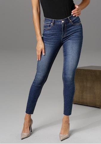 Aniston CASUAL Skinny-fit-Jeans, regular waist - mit ausgefransten Beinabschluss -... kaufen