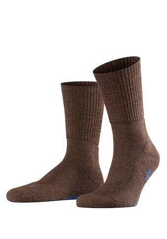 FALKE Socken »Walkie Light«, (1 Paar), mit ultraleichter Plüschsohle kaufen