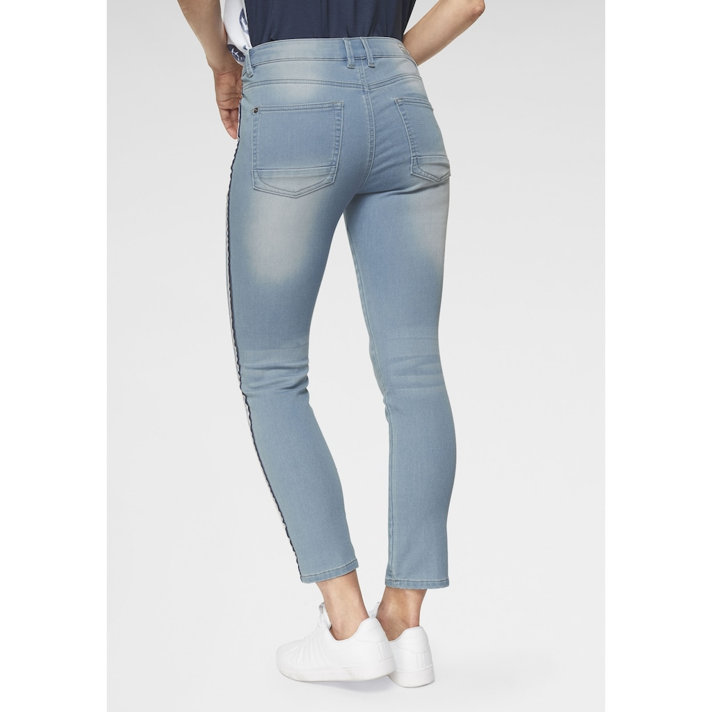 NAVIGAZIONE Schmale Jeans mit Galonstreifen