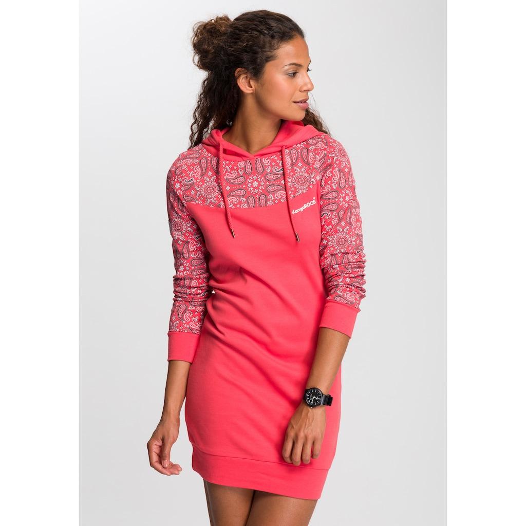 KangaROOS Sweatkleid, mit schönem Print im Ärmel- und Brustbereich