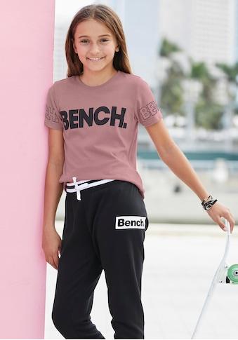Bench. T-Shirt, mit Bench-Logo-Drucken kaufen